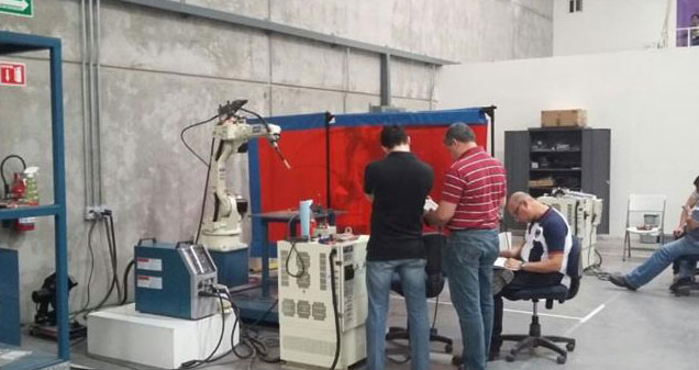 Show Room - Robots & Máquinas Soldadoras
